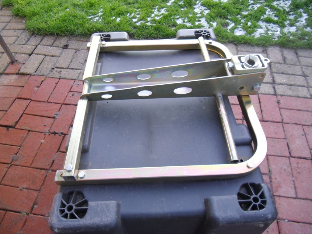 bags, tow-ball mounted luggage, towbar, boxes, luggage ...